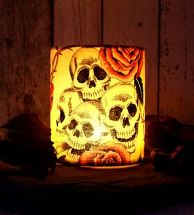 """Skulls `n`Roses"" - Halloween Windlicht"