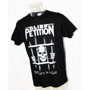 Blind Petition > 30 Years In A Hole - T-Shirt